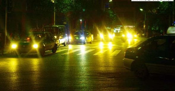 机动车夜间灯光使用_灯光的使用有什么规定  - 驾照网