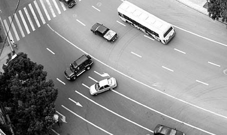 科目三路考车辆掉头操作技巧