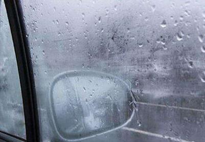 冬天车窗结冰处理办法