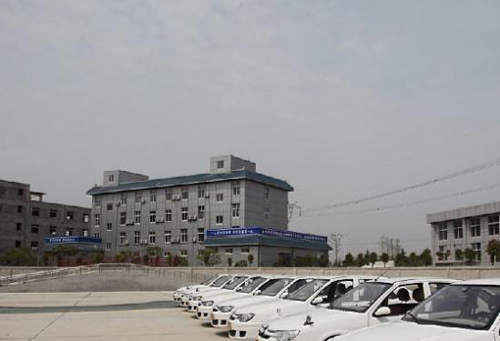 武汉天罡秦驾校