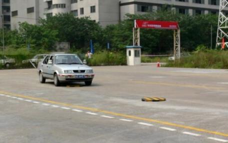 广州卡尔迅驾校